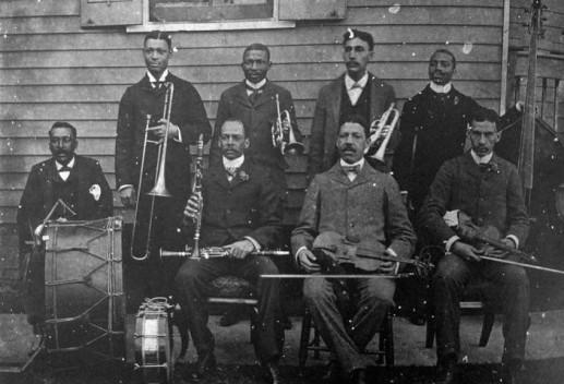 """Edward """"Dee Dee"""" Chandler με την ορχήστρα του John Robichaux το 1896"""